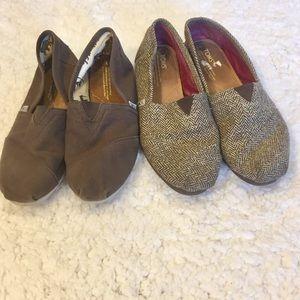 Bundle Of 2 Toms Flat Canvas Shoes Brown Gold 9